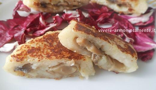 tortini-di-patate-ripieni-funghi-ricetta